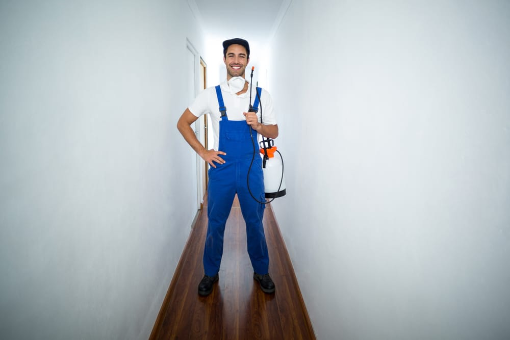Benefits of a Career in the Pest Control Industry?