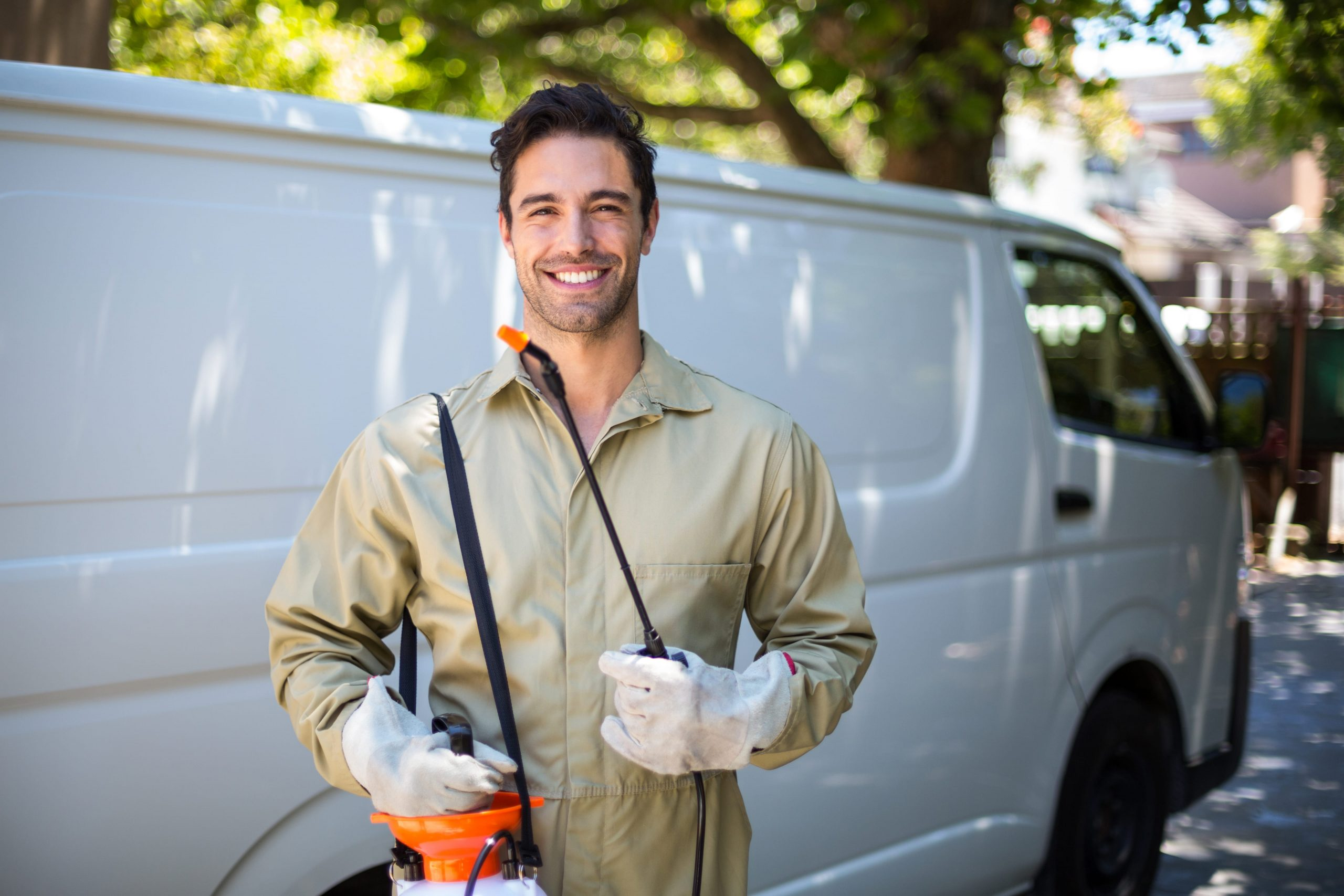 What You Need to Know When Applying for Pest Control Jobs